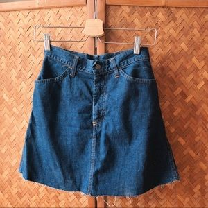 VINTAGE Levi's BIG E 70s Denim Mini Skirt